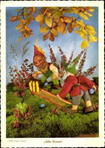 Ak Zwergpuppen beim Kegeln, Alle Neune, Herbststimmung, Pucki Lucki Gucki