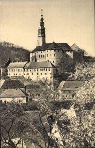Ak Weesenstein Müglitztal in Sachsen, Schloss Weesenstein im Frühling