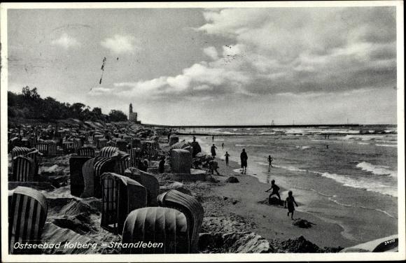 Ak Kołobrzeg Kolberg Pommern, Strandleben