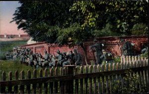 Ak Das Deutsche Heer, Infanterie in Verfolgung des Feindes durch ein Dorf