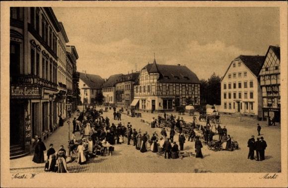 Ak Soest in Nordrhein Westfalen, Markt, Tengelmann Kaffee Geschäft, Engel Apotheke, Anwohner