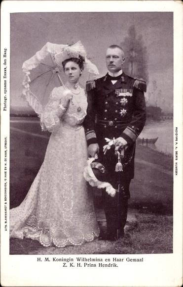 Ak Königin Wilhelmina der Niederlande und Prinz Henrik, Portrait, Uniform, Sonnenschirm