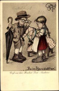 Künstler Ak Geilfus, H., Beim Herzdoktor, Puppe, Kinder spielen, Bad Nauheim