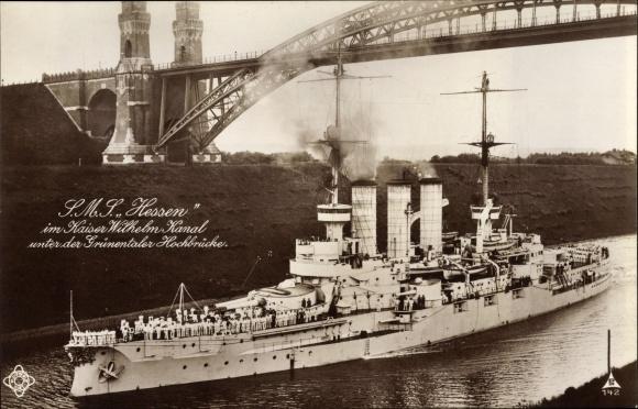 Ak Deutsches Kriegsschiff SMS Hessen passiert den Kaiser Wilhelm Kanal, kaiserliche Marine