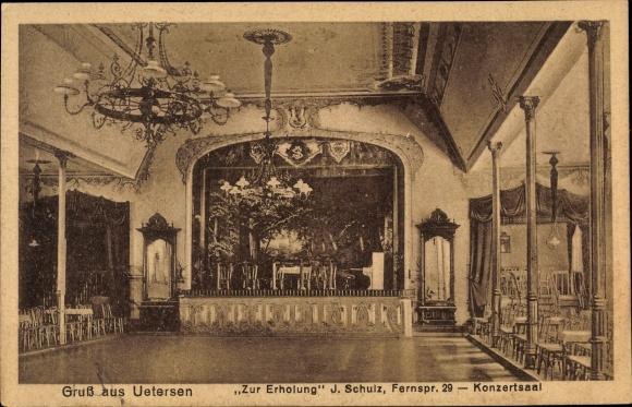 Ak Uetersen in Schleswig Holstein, Gasthaus Zur Erholung, Konzertsaal, Bühne