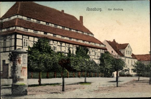 Ak Annaburg in Sachsen Anhalt, Amt Annaburg, Straßenansicht, Litfaßsäule