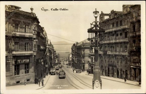 Ak Vigo Galicien Spanien, Calle Colon, Lipton Tee Werbung, Autos