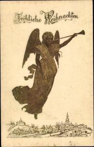 Präge Ak Frohe Weihnachten, Engel bläst in eine Trompete
