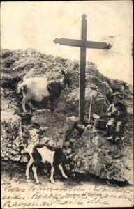 Ak Gardeur de Chevres, Ziegenhirte mit Ziegen, Kreuz