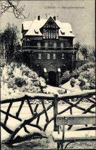 Ak Lübeck in Schleswig Holstein, Navigationsschule, Schneelandschaft, Winter