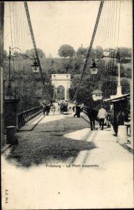 Ak Fribourg Freiburg Stadt Schweiz, Le Pont suspendu