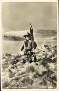 Ak Finnland, Kind mit Skiern im Schnee