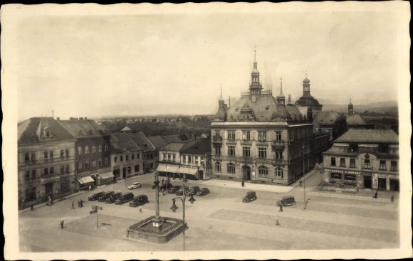 Ak Turnov Turnau Reg. Reichenberg, Marktplatz, Rathaus, Restaurant u Koruny, Denkmal