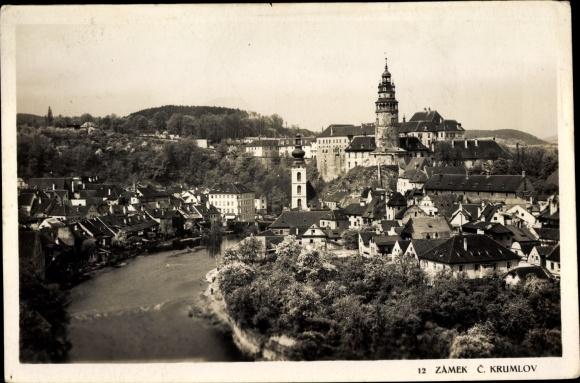 Ak Český Krumlov Krumau Reg. Südböhmen, Schloss, Kirche, Blick auf den Ort