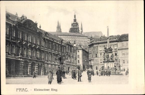 Ak Praha Prag, Kleinseitner Ring, Passanten, Denkmal