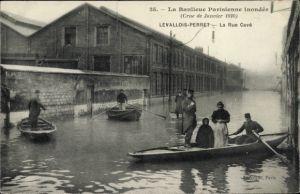 Ak Levallois Perret Hauts de Seine, La Rue Cavé, Crue de Janvier 1910