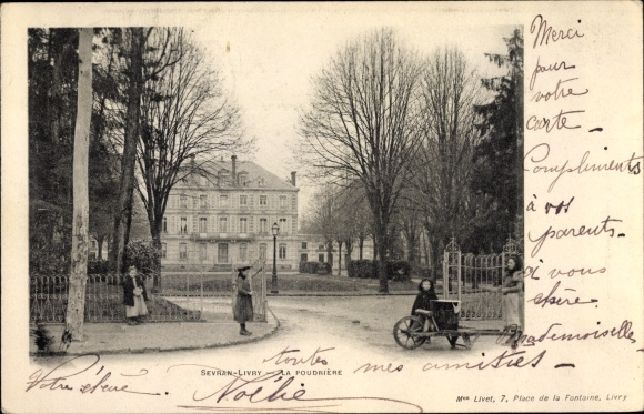 Ak Sevran Livry Seine Saint Denis, La Pudrière, porte, brouette, enfants
