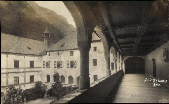 Foto Ak Stans in Tirol, Schloss Tratzberg, Galerie
