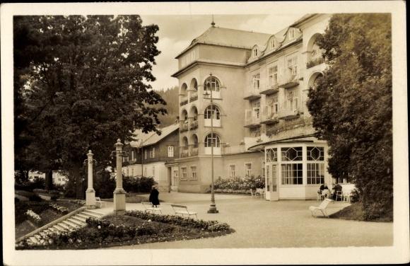 Ak Lazne Lázně Jeseník Gräfenberg Freiwaldau Reg. Olmütz, Priessnitzovo sanatorium