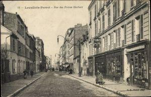 Ak Levallois Perret Hauts de Seine, Rue des Freres Herbert