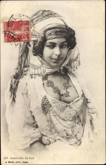 Ak Jeune fille du Sud, Maurin, Busen