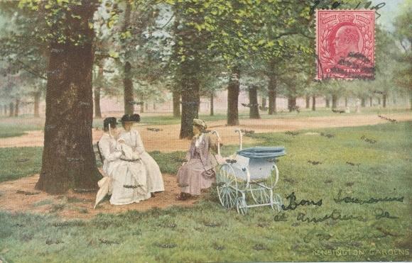 Glitzer Ak London City, Kensington Gardens, Kinderwagen, Frauen