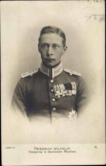 Ak Kronprinz Wilhelm von Preußen, Portrait in Uniform, Orden