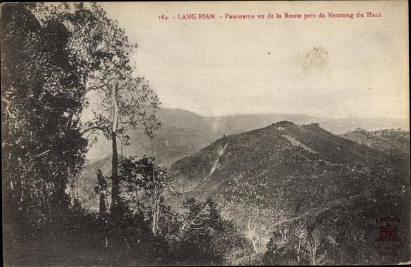 Ak Lang Bian Vietnam, Route pres de Neutong du Haut