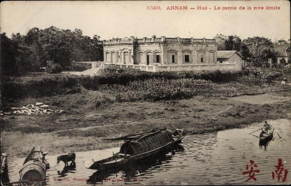 Ak Hue Annam Vietnam, Le cercle de la rive droite
