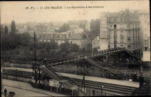 Ak Les Vallées Hauts de Seine, La Passerelle, Eisenbahnübergang
