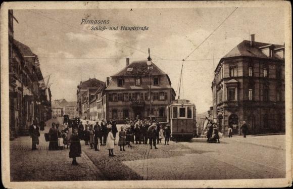 Ak Pirmasens am Pfälzerwald, Schloß- und Hauptstraße, Tram 9