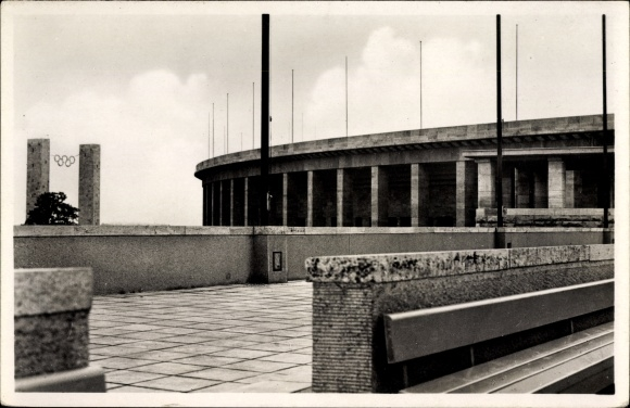 Ak Berlin Charlottenburg, Reichssportfeld, Blick vom Schwimmstadion auf das Osttor, Olympia 1936