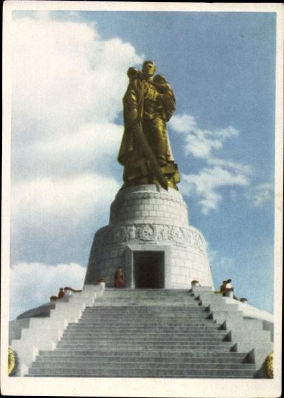 Ak Berlin Treptow, Sowjetisches Ehrenmal Treptower Park