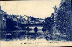 Ak Montfaucon sur Moine Maine et Loire, le Pont de Moire, vue partielle de la ville