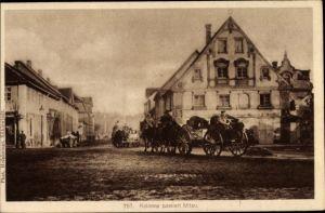 Ak Jelgava Mitau Lettland, Deutsche Kolonne passiert die Stadt
