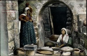 Ak Peasant's wife baking bread, Frauen backen Brot