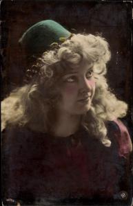 Ak Dame in Kleid, Hut, Portrait, NPG 409/6