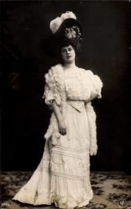 Ak Dame in Kleid, Hut, Portrait, NPG 422/4