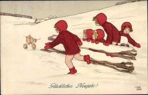Künstler Ak Ebner, Pauli, Glückwunsch Neujahr, Glücksschweine fliehen, Kinder, Schneelandschaft