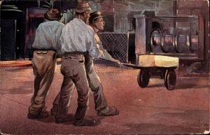 Künstler Ak Drei Metallarbeiter in einer Fabrik mit glühendem Eisen, Metallverarbeitung