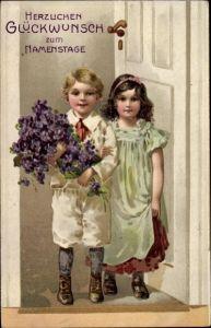 Präge Ak Glückwunsch Namenstag, Kinder mit Blumen