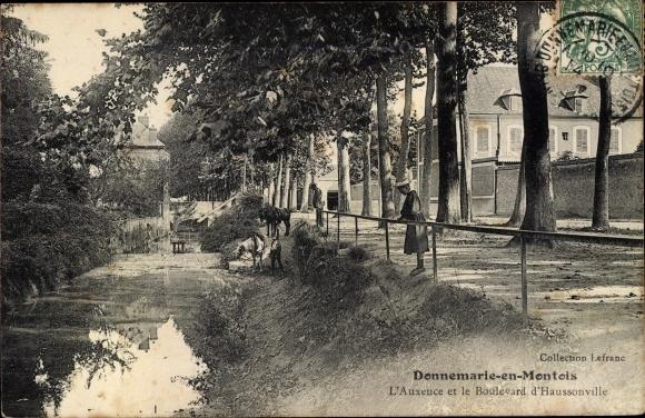 Ak Donnemarie en Montois Seine-et-Marne, L'Auxence et le Boulevard d'Haussonville