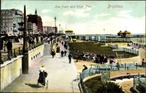 Ak Brighton South East England, Sea front and West Pier