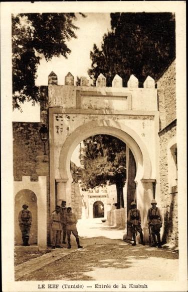 Ak Le Kef Tunesien, Entrée de la Kasbah, Soldaten, Tor