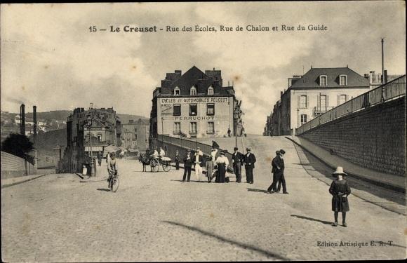 Ak Le Creusot Saône et Loire, Rue des Ecoles, Rue de Chalon, Rue de Guide