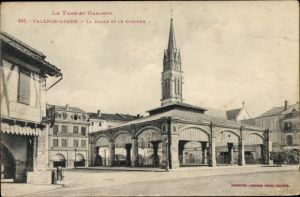 Ak Valence d'Agen Tarn et Garonne, La Halle et le Clocher, Markthalle, Glockenturm