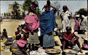 Ak Guinea, Femmes Foulahs, marche, portrait, bebe