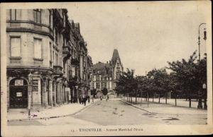 Ak Thionville Diedenhofen Lothringen Moselle, Avenue Maréchal Pétain