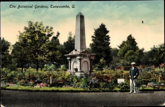 Ak Toowoomba Australien, The Botanical Gardens, monument