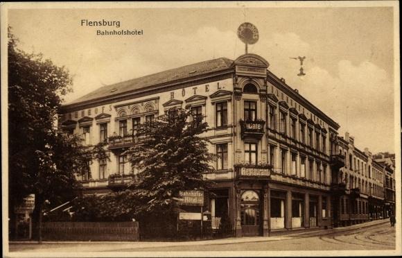 Ak Flensburg in Schleswig Holstein, Bahnhofshotel